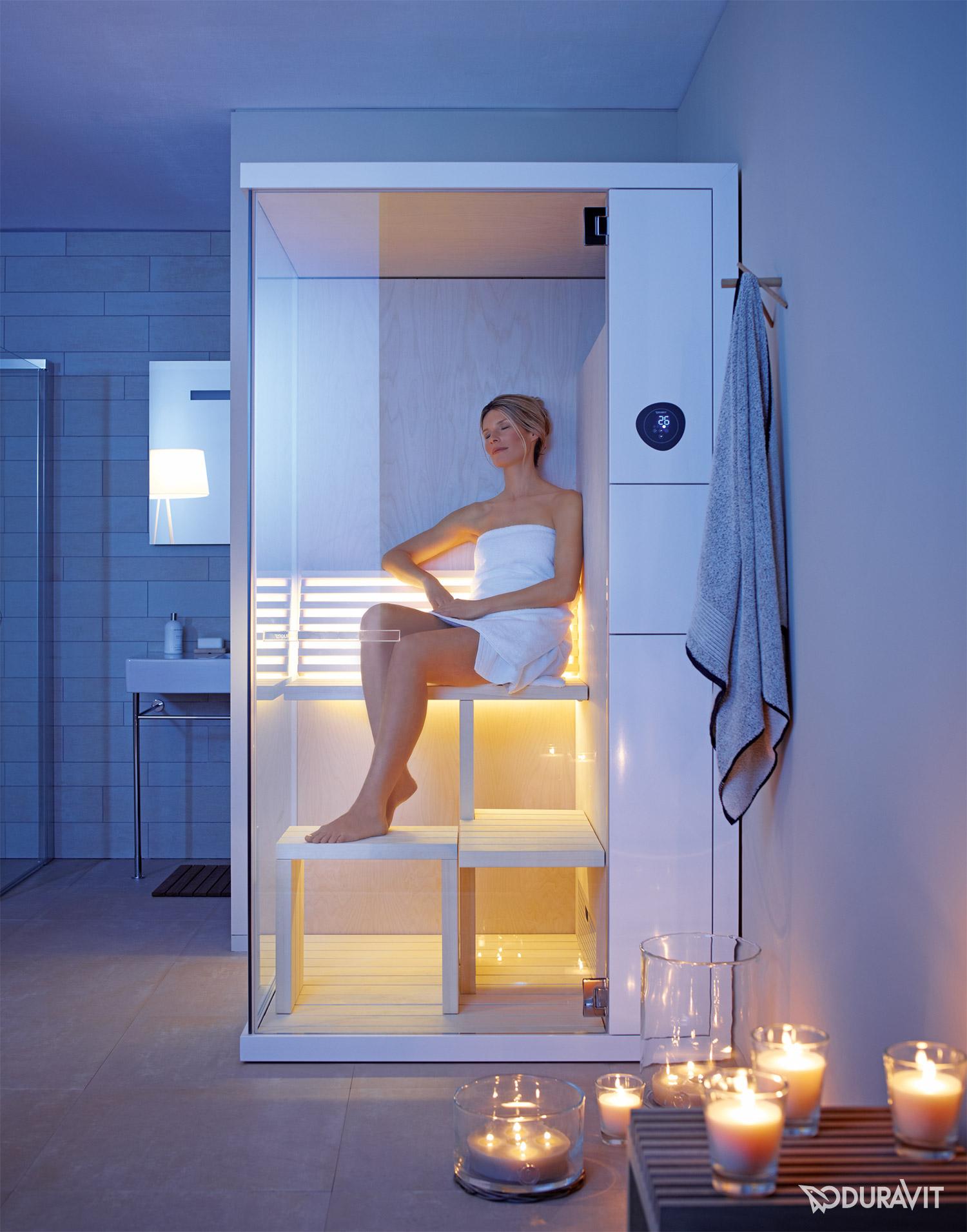 wellness im bad. entspannt die seele baumeln lassen. | sauna ... - Badezimmer Mit Sauna Und Whirlpool
